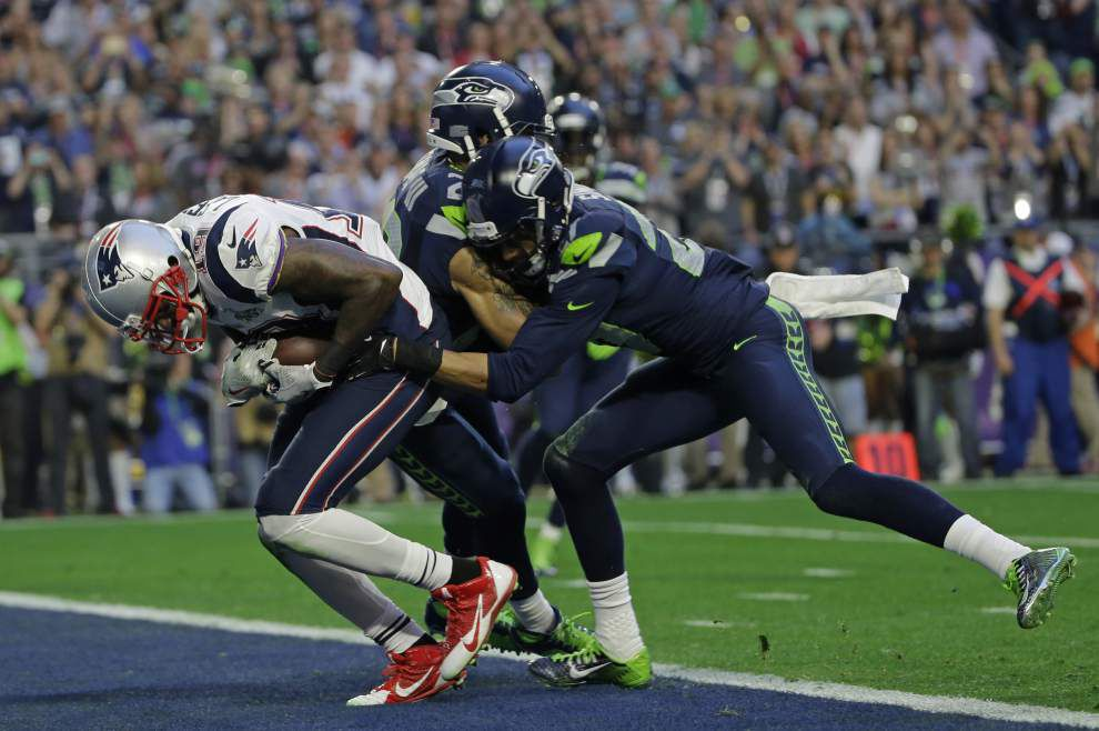 Pete Carroll shoulders blame for play call _lowres