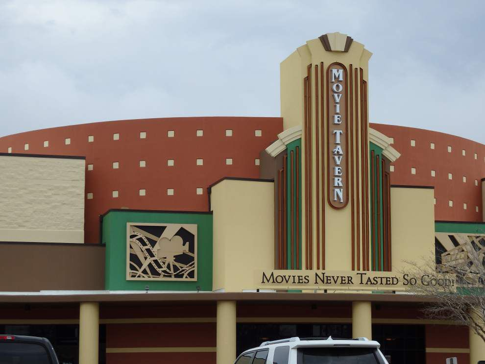 Review: At Baton Rouge's Movie Tavern, 'cinematic presentation is terrific ... dining experience is far from that' _lowres