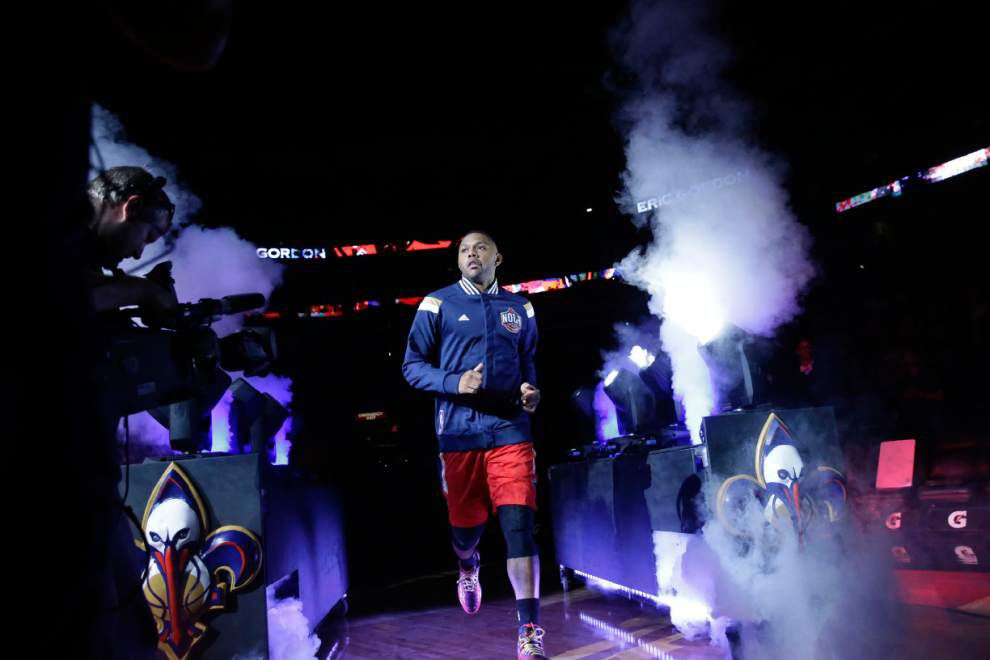 Pelicans guard Eric Gordon returns to practice, could play Monday against the Wizards _lowres