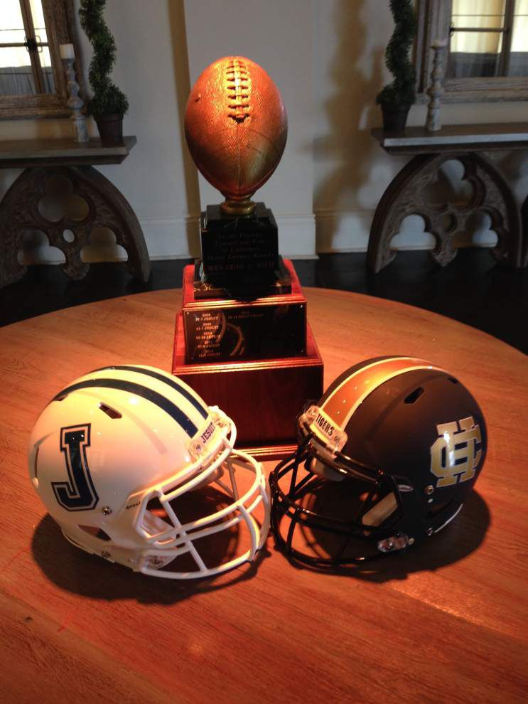 Holy Cross-Jesuit more than a football rivalry _lowres