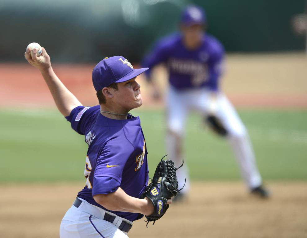 LSU pitcher Jared Poche to start Opening Night but what about Friday nights? _lowres