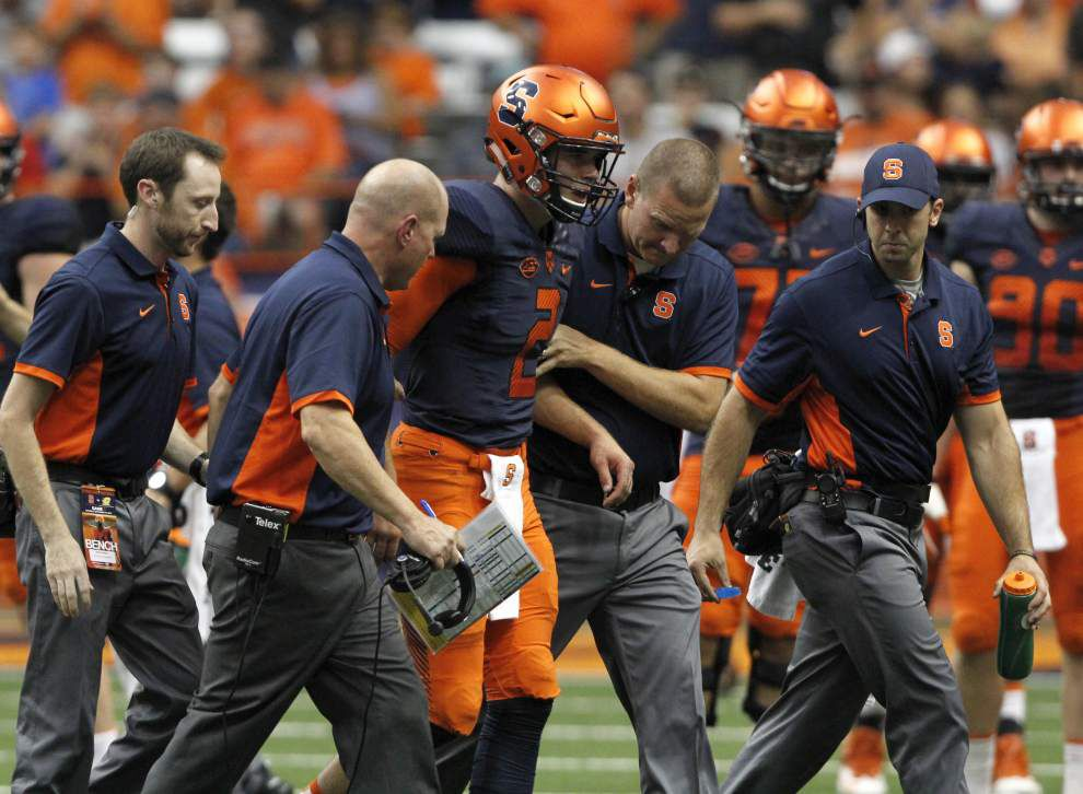 Walk-on Zack Mahoney 'the guy' at quarterback for Syracuse _lowres