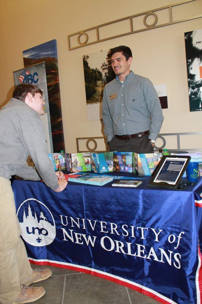 Livingston Parish students get a look at career, college options _lowres