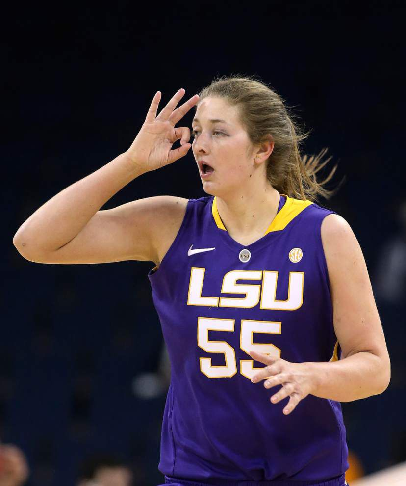Tennessee defeats LSU 77-65 in the SEC women's tournament _lowres
