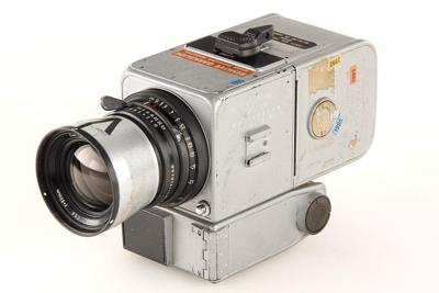 Camera used on moon landing sold for $758,489 _lowres