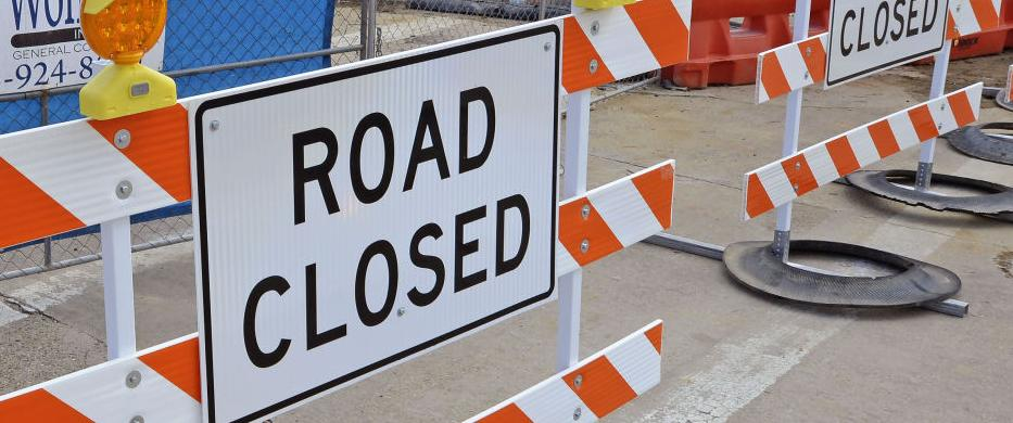 This section of lanes on Interstate 10 in Baton Rouge is set to close this weekend