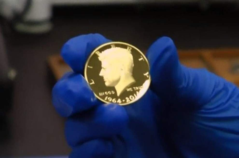 Mint gives JFK coin a facelift _lowres