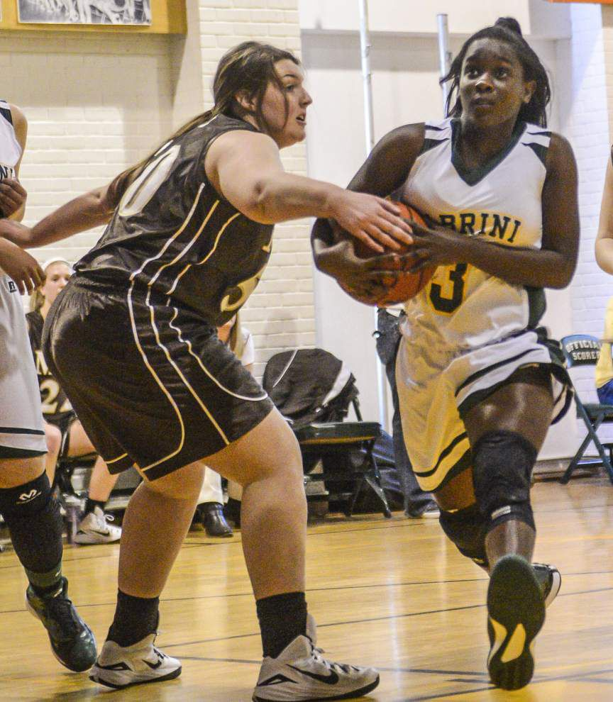 Cabrini takes playoff tuneup with Mount Carmel _lowres