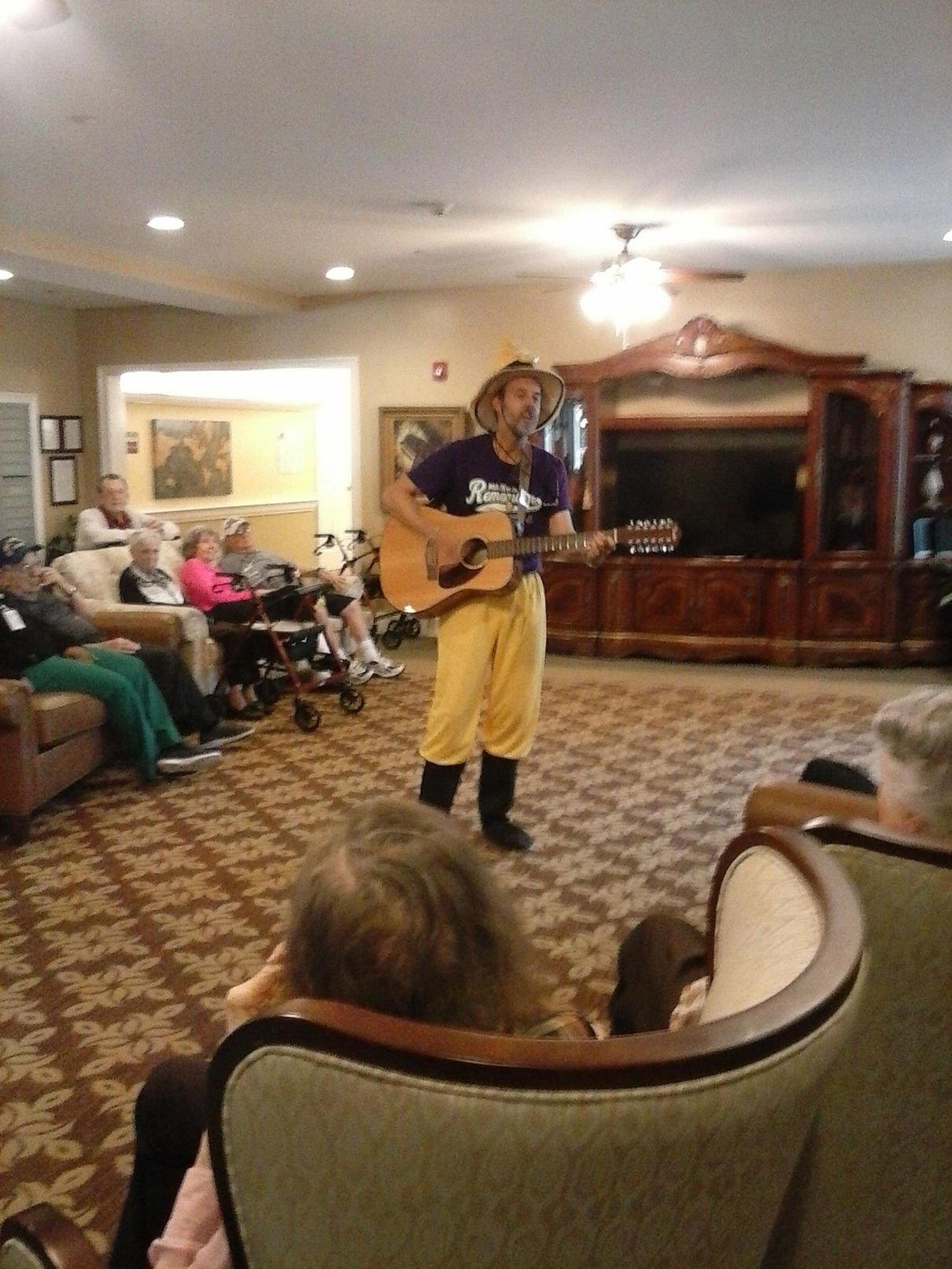 Garden View Assisted Living residents observe Memorial Day Mid