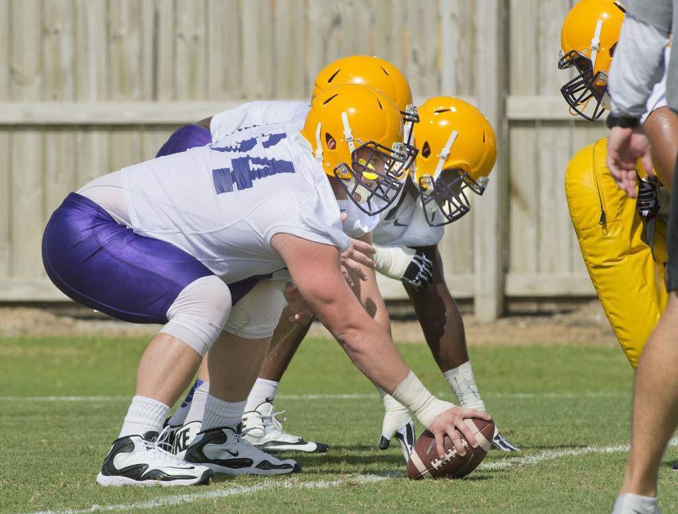LSU offensive line shuffle continues: Ethan Pocic now at center, Will Clapp at left guard _lowres