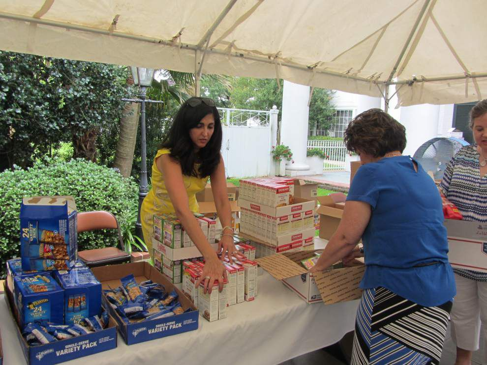 Care package event held for La. Guardsmen _lowres