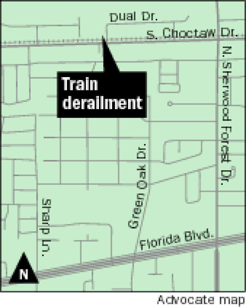 Train cars derail at S. Choctaw; no hazardous leaks reported _lowres
