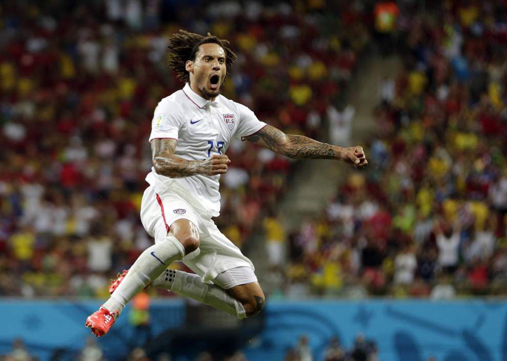 Portugal ties U.S. 2-2 with last-minute goal _lowres