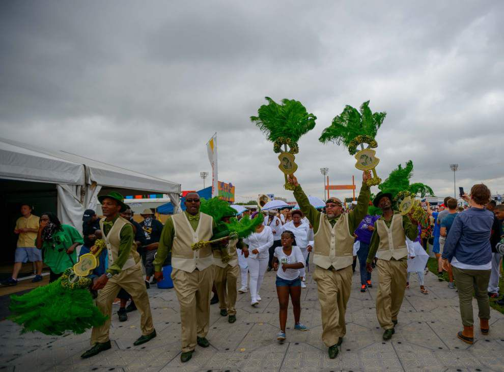 Rain hits the Fair Grounds, dampens Jazz Fest for a second day _lowres