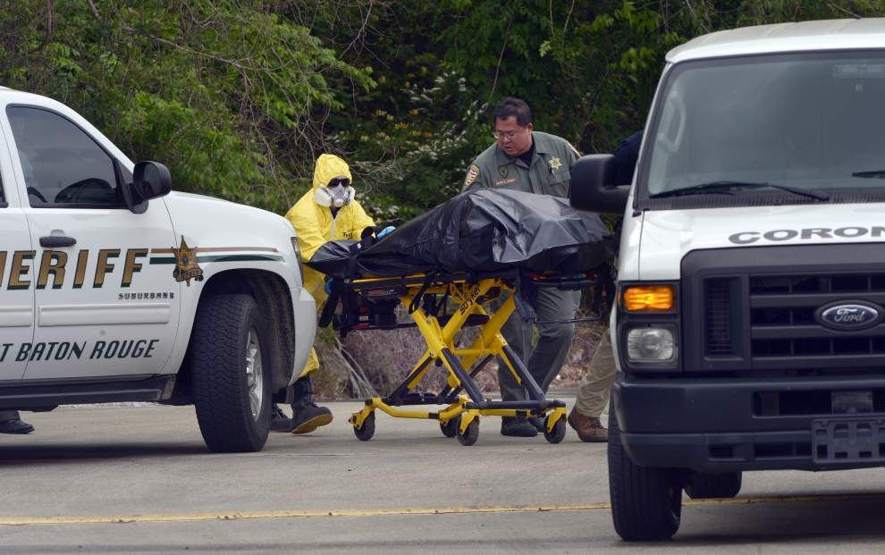 Body found near I-10 and Bluebonnet Boulevard _lowres