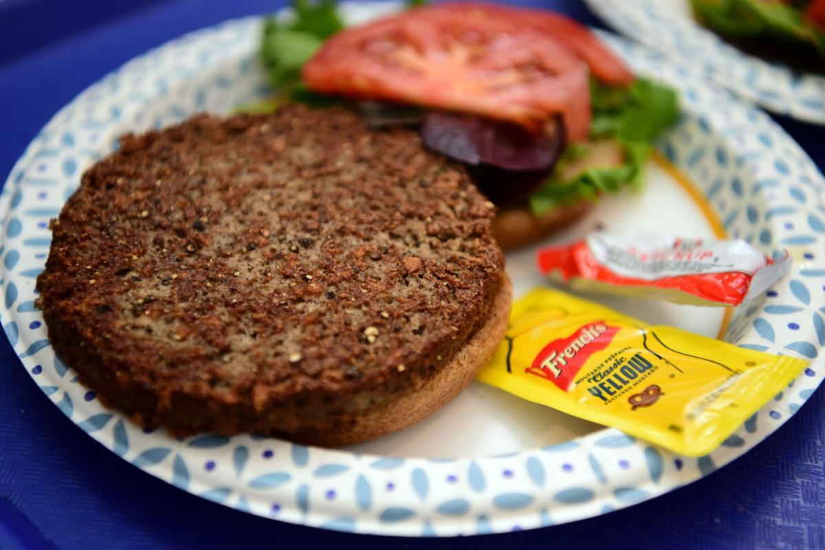 Review: Meals from the Heart and a better burger_lowres