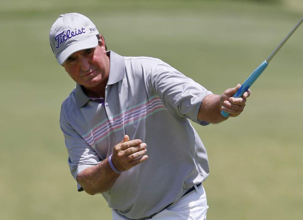 Sauers takes lead at Senior Open by 3 _lowres
