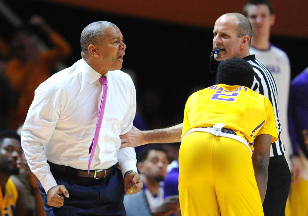 Tigers' NCAA tournament hopes take a major hit in 81-65 loss at Tennessee _lowres