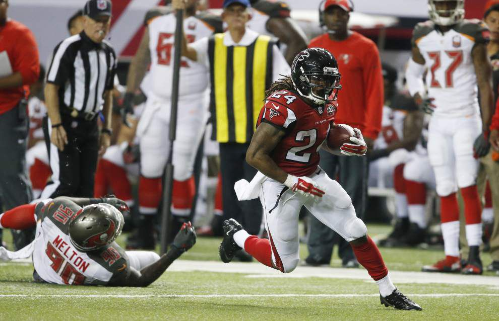 First look: New Orleans Saints at Atlanta Falcons _lowres
