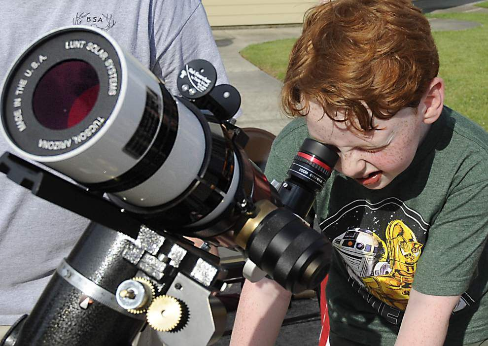 A day for star gazers and robot chasers _lowres
