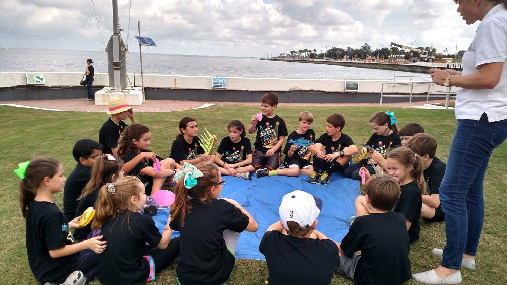 Metairie fourth-graders visit New Canal Lighthouse on Lake Pontchartrain _lowres