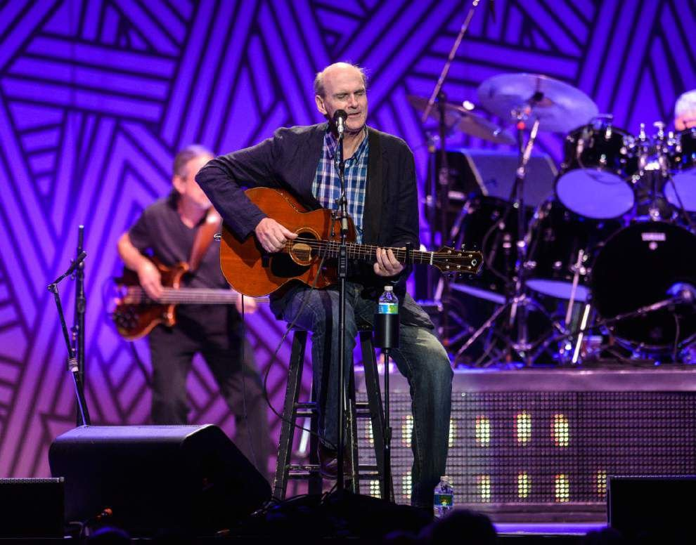 James Taylor to perform at the River Center in April _lowres