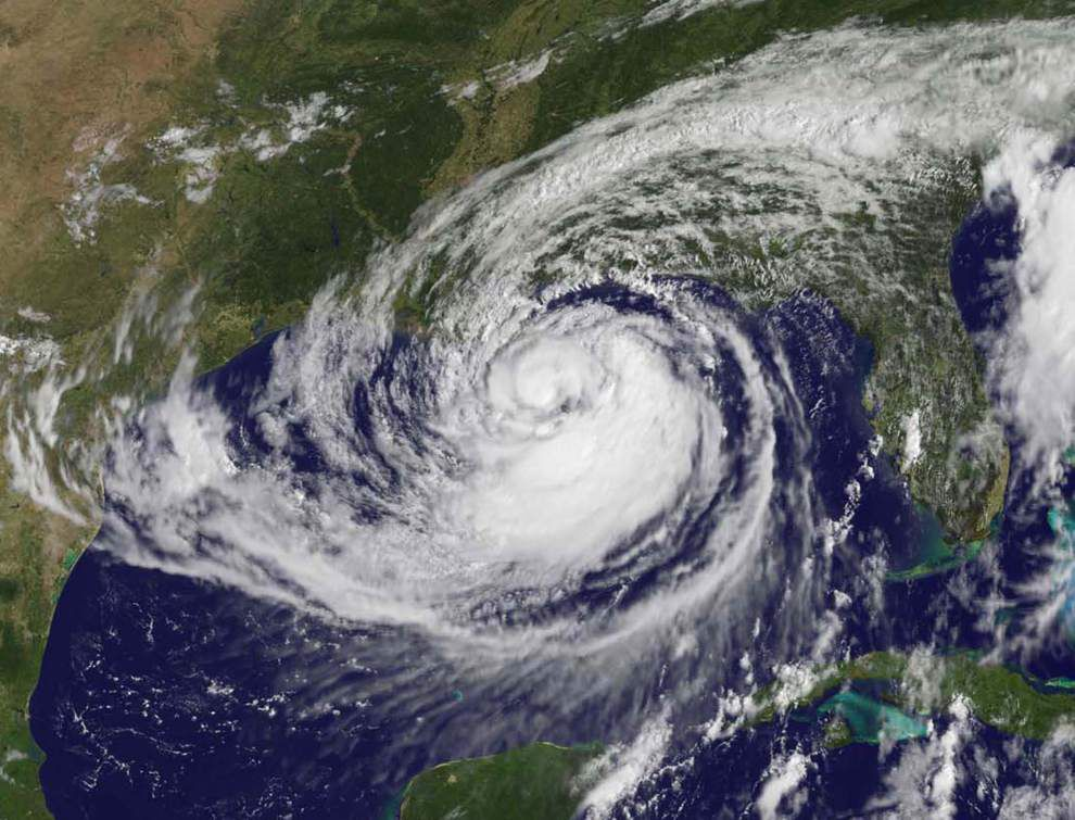 Hurricane season begins; 8 years without a major storm _lowres