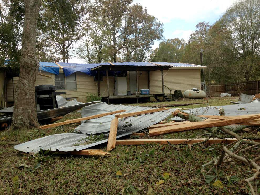 Tornado touches down in Livingston Parish; peels off roof, rips branches, fences _lowres