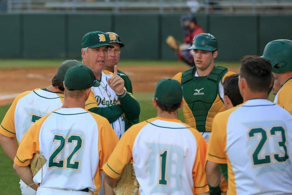 Rod Walker: Ten years after Delgado baseball restarted, the Dolphins just keep winning _lowres