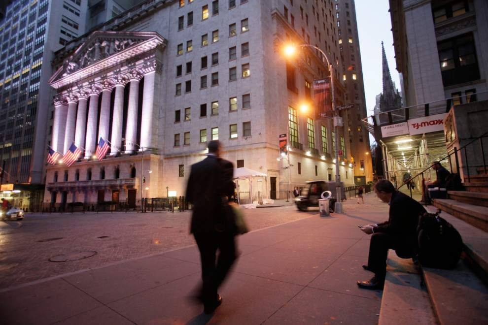 Stocks rise, helped by Chinese data, Apple results _lowres