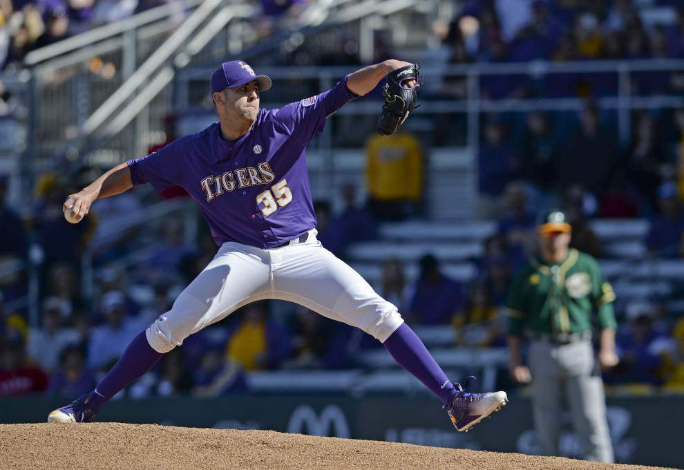 'Zero concern' for LSU pitcher Alex Lange, who may be 'rushing' after two atypical outings _lowres
