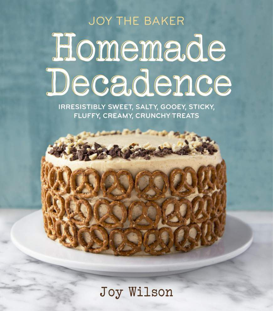 Side Dish: Books, hotline for bakers say holidays _lowres