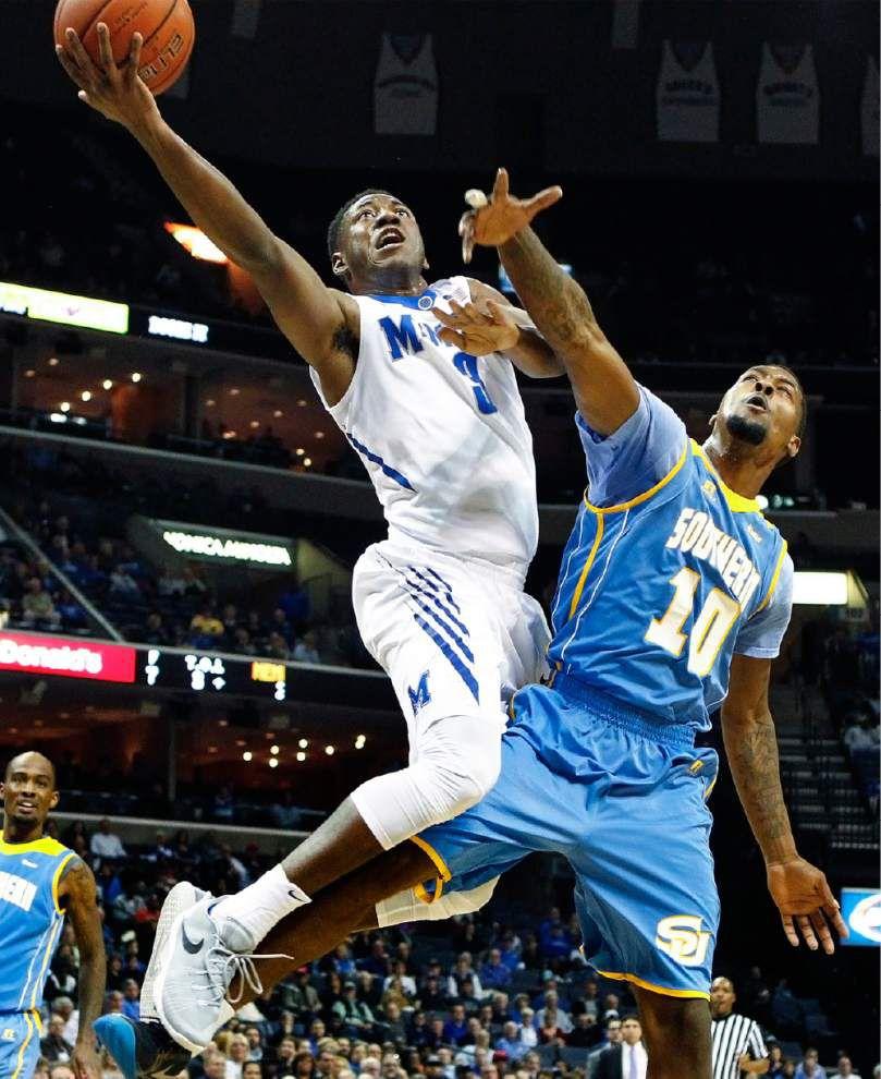 KJ Lawson leads Memphis past Southern _lowres