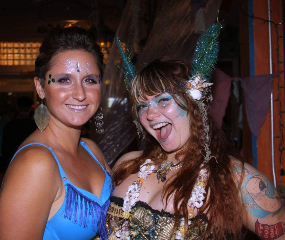 Steven Forster's Party Central: Anba Dlo festival _lowres