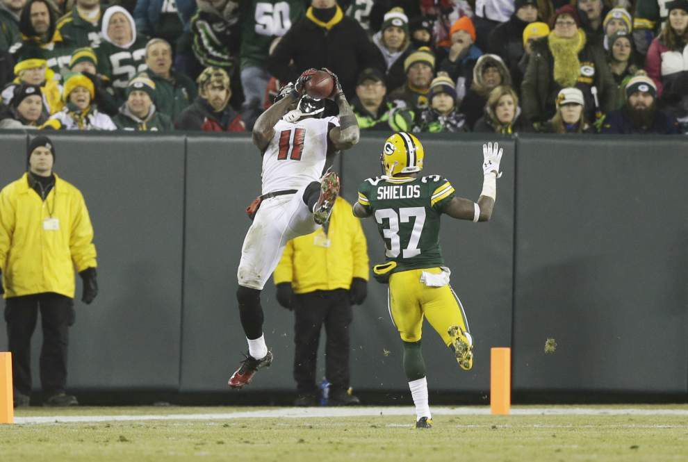 Atlanta Falcons receiver Julio Jones listed as questionable for Sunday's game against the Saints _lowres