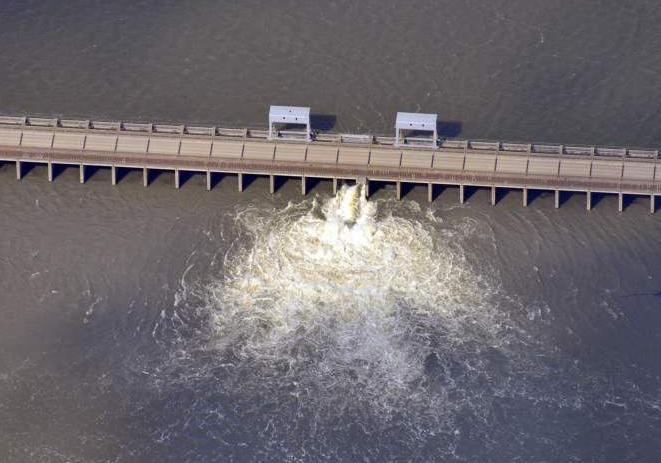 U.S. Senate approves $12.3 billion water projects bill _lowres