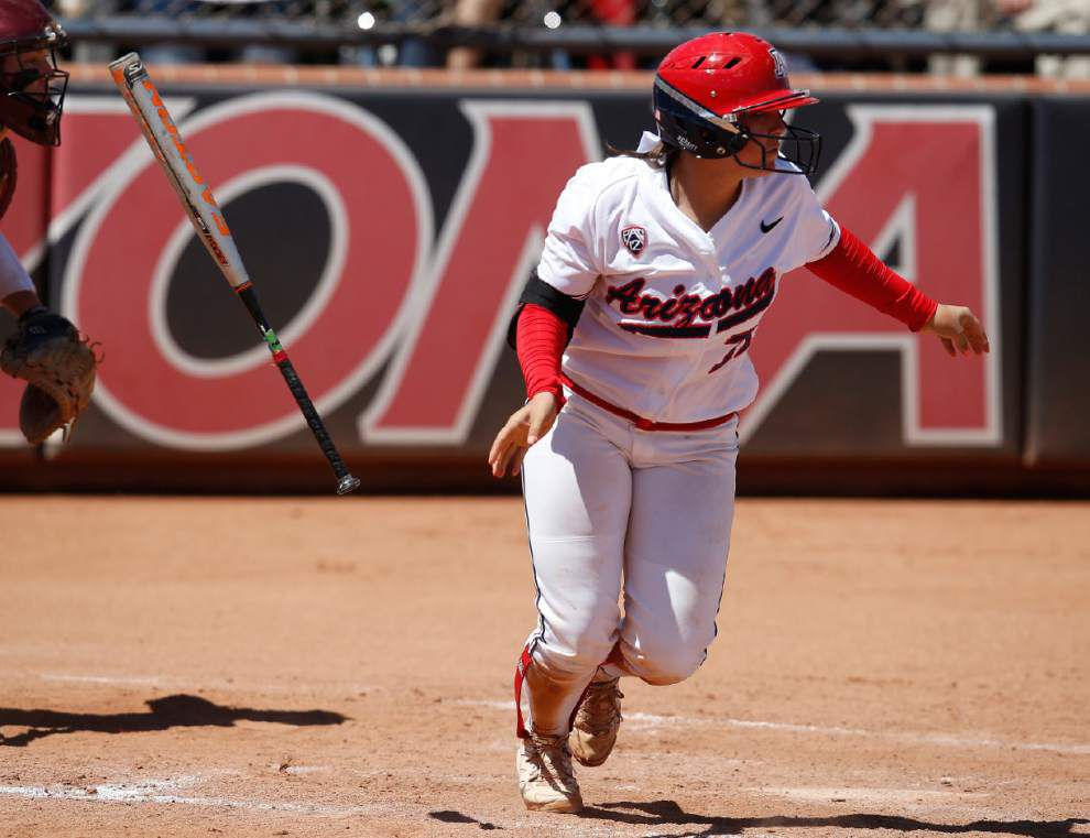 Baton Rouge super regional: Without dominant pitching, Arizona learned to adapt _lowres