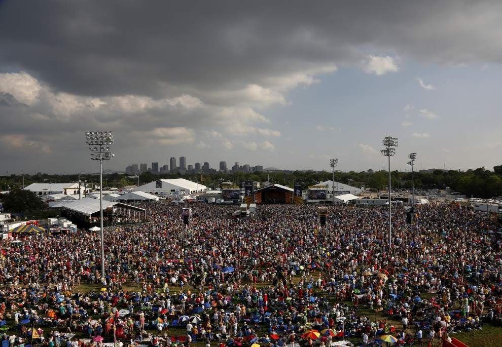 Jazz Fest show proves Santana still has the old fire _lowres