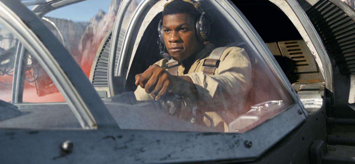 'Star Wars: The Last Jedi' still 2 for Red