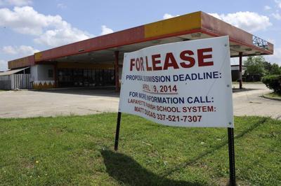 Lafayette School Board seeks tenant _lowres