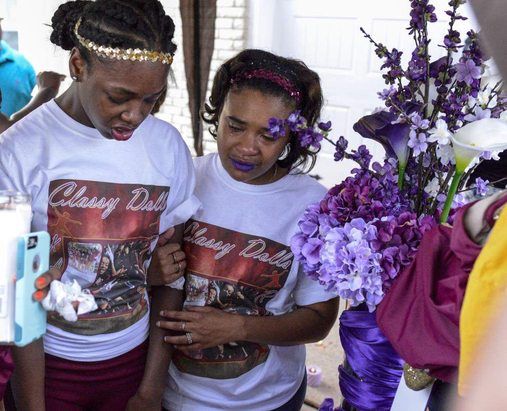 Friends mourn 16-year-old Kaylan Ward killed on I-10; police probe mysterious death in New Orleans East _lowres