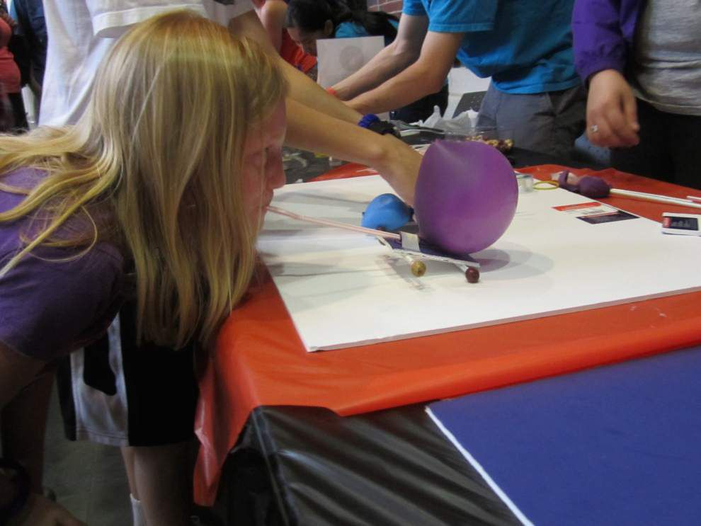 Kids, adults enjoy science at Engineering Day _lowres