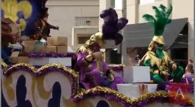 Videos, galleries: Krewes of Orion, Mystique celebrate Carnival in downtown BR _lowres