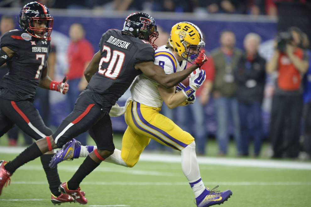 LSU wide receiver Trey Quinn announces transfer; source: he'll sit out year, seek another FBS school _lowres