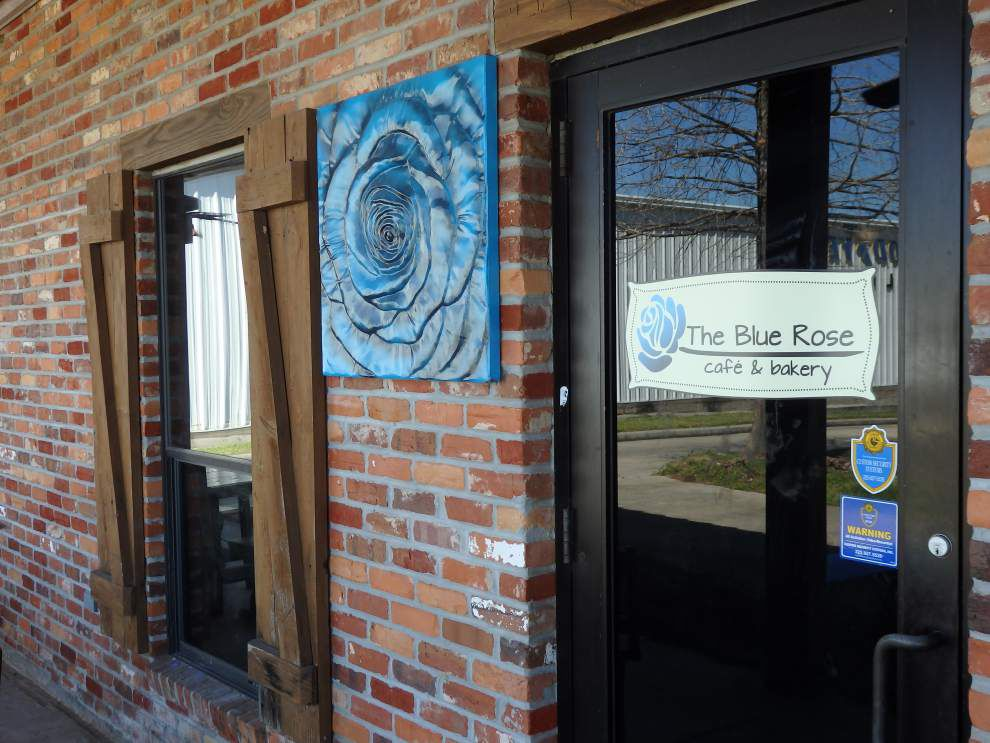 106f5538a37 A family affair  The Blue Rose Café opens at new location  lowres