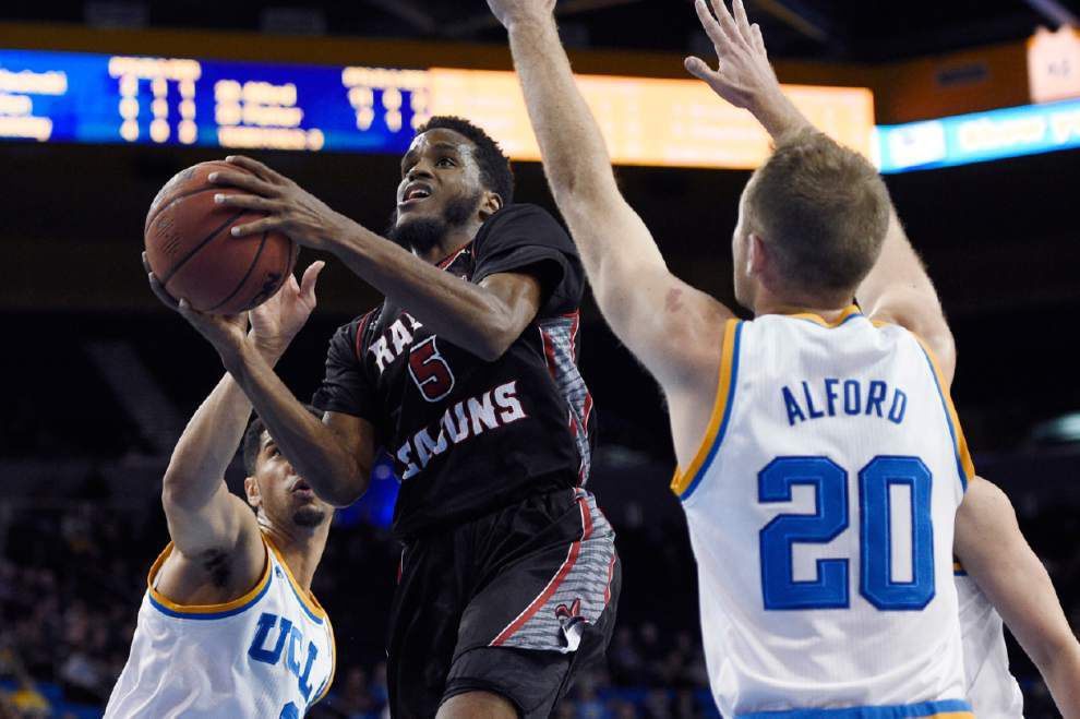 Cajuns find outside shooting touch against UCLA _lowres