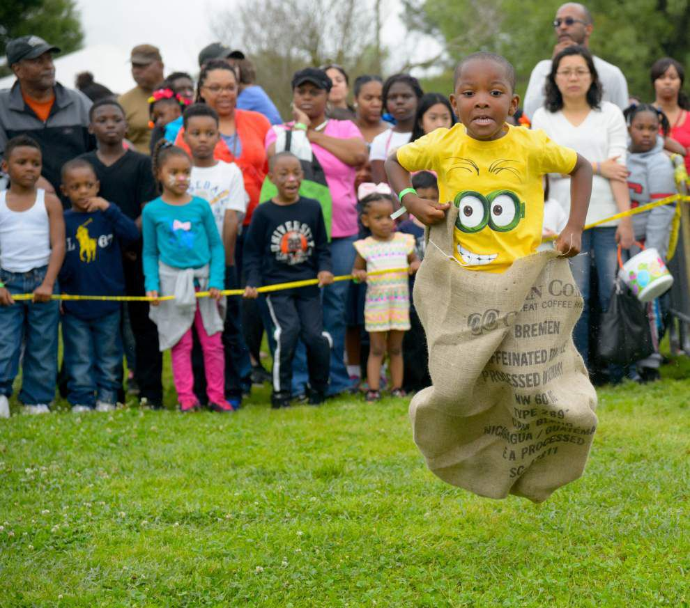 Families enjoy annual Easter egg hunt at the Audubon Riverview Fly area _lowres