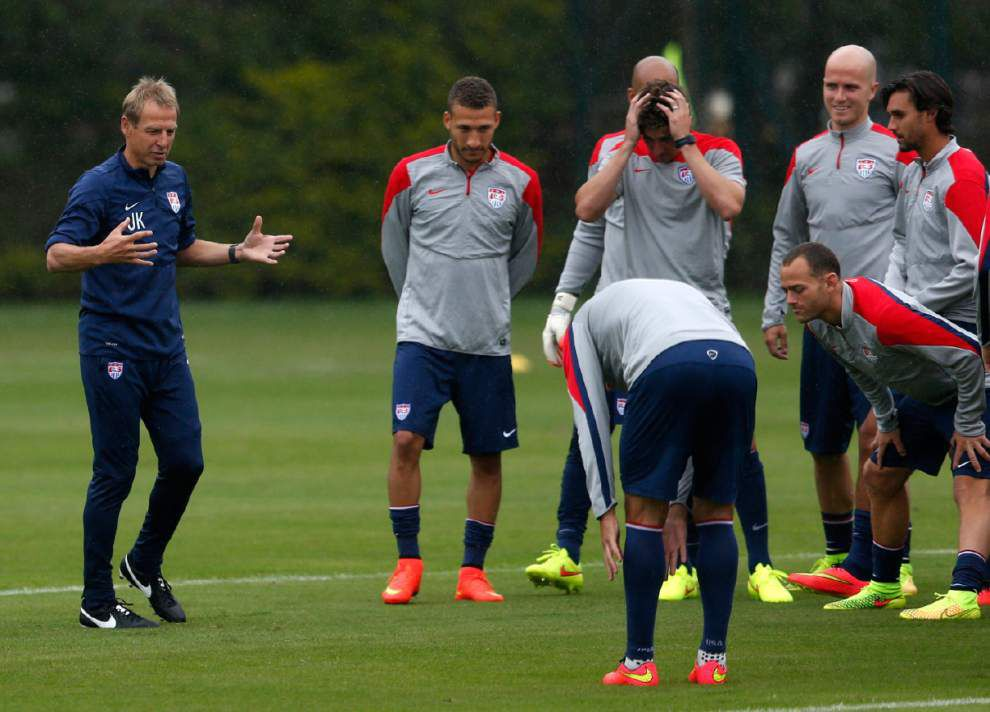 Americans' focus Monday vs. Ghana: Get the point! _lowres