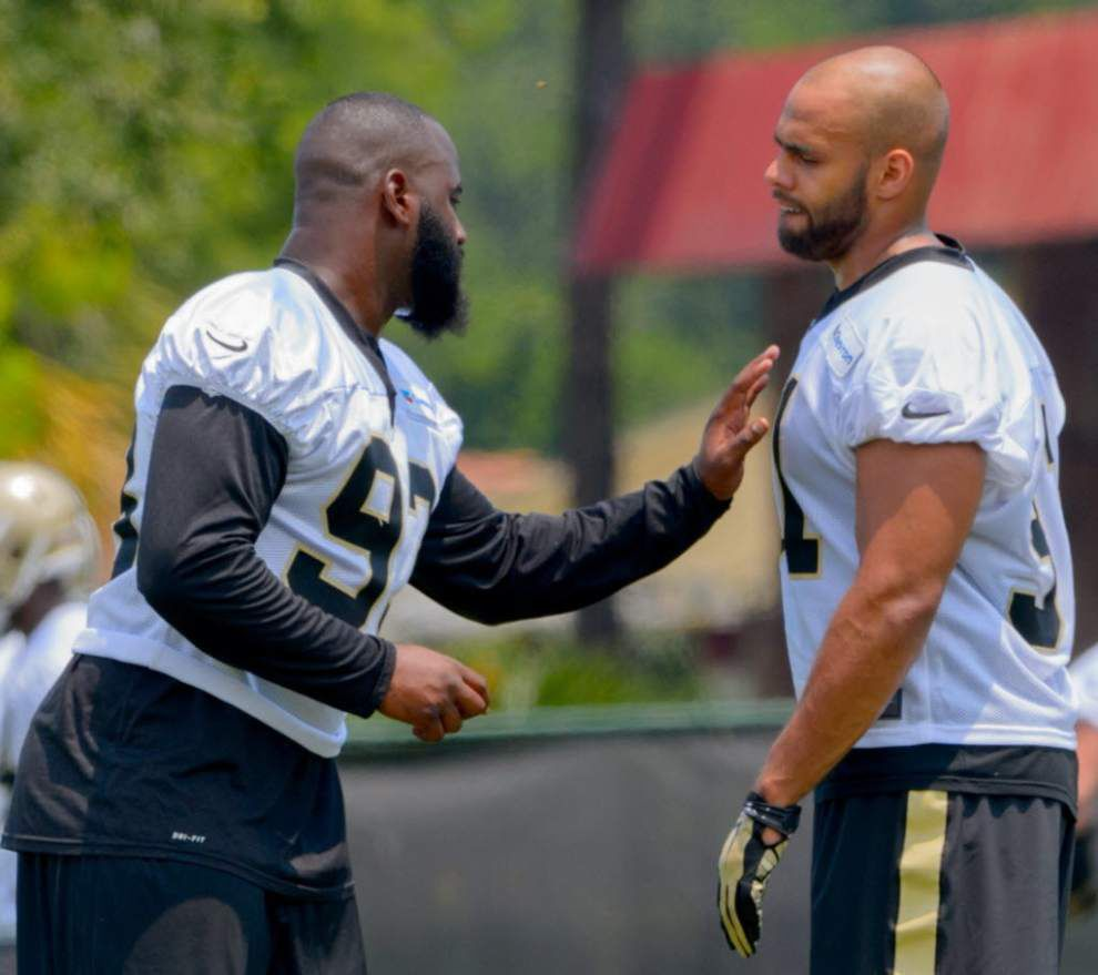 Report: Saints edge rusher Junior Galette to avoid surgery on injured pectoral muscle _lowres