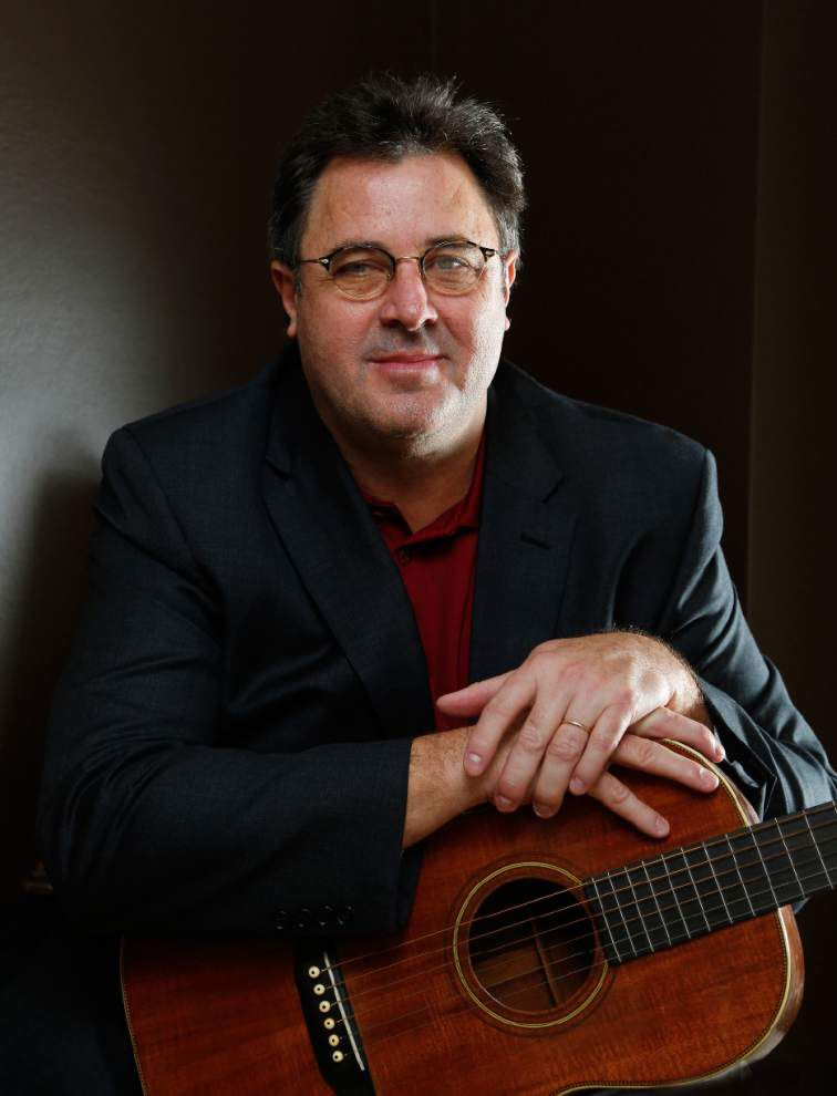 Vince Gill swaps country for romance on new album _lowres